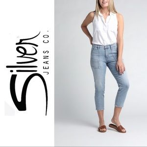 Silver Jeans Faded Jeans. Loop Carpenter Jeans